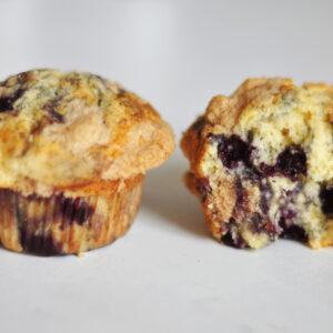 Blaubeer-Zitronen-Muffins mit Zimtstreuseln