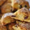 Cranberry-Scones mit weißer Schokolade