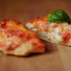 Gefüllte Pizzette mit Ricotta, Tomaten und Mozzarella