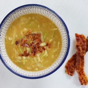 Kartoffel-Wirsing-Suppe mit Bacon