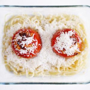 Pasta mit gefüllten Tomaten - Pomodori ripieni di pane