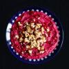 Rote-Bete-Creme mit Granatapfel und Walnüssen