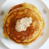 Vollkorn-Pancakes mit Kürbis und Zimtbutter