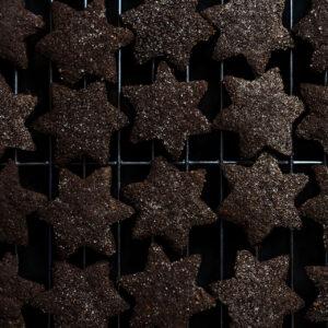 Mandel-Schokoladen-Plätzchen mit Orange und Kardamom