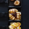Dreimal Raclette - Hasselback-Kartoffeln, Feigen und Pinienkerne, gefüllte Pilze