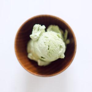 Matcha-Eis - Eiscreme mit japanischem grünen Tee